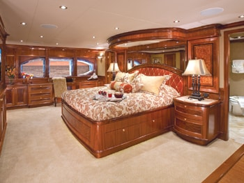 150' Excellence yacht master bedroom